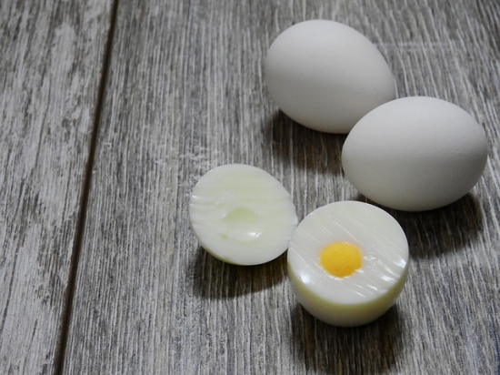 How to boil eggs - hard boiled eggs